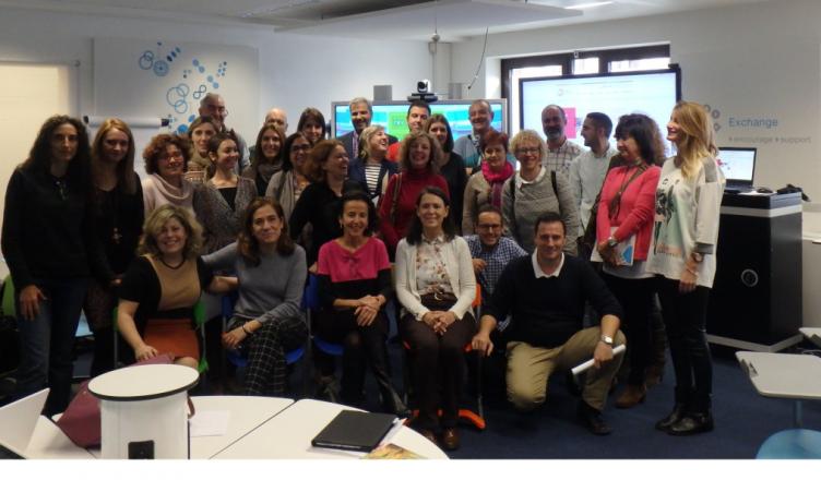 Foto de grupo del SNA y representantes eTwinning