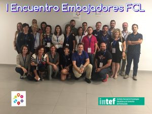 Foto de grupo del primer encuentro de embajadores FCL