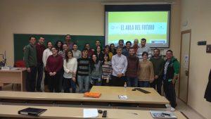 Foto final de grupo con el embajador FCL en Extremadura
