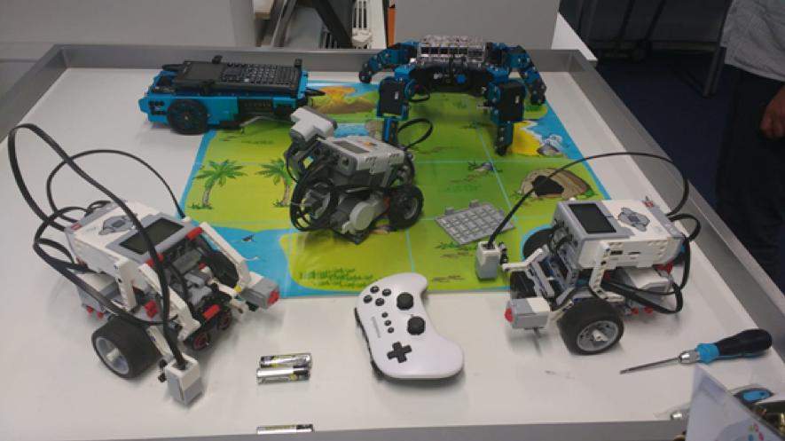 Kit de Lego Mindstorms en el FCL de Bruselas