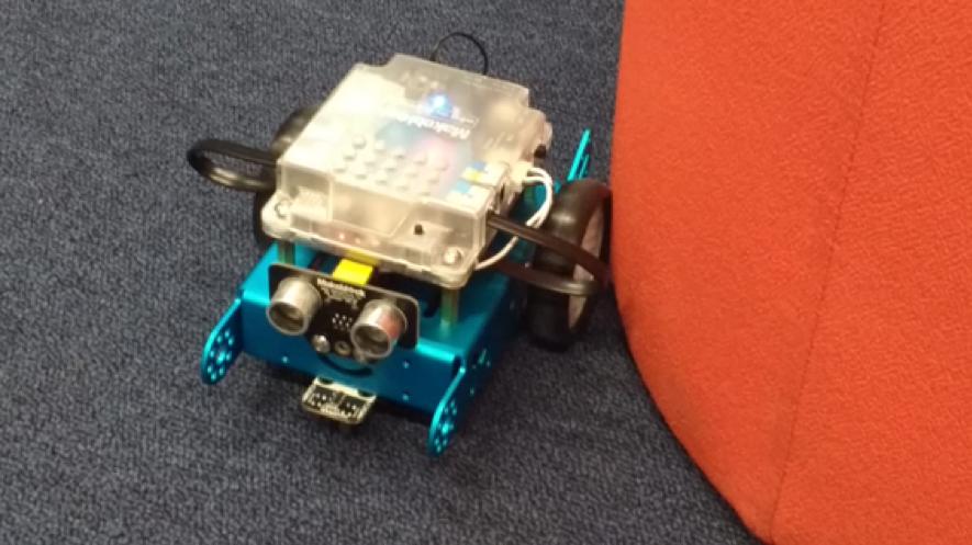 Practicando con el robot Mblock
