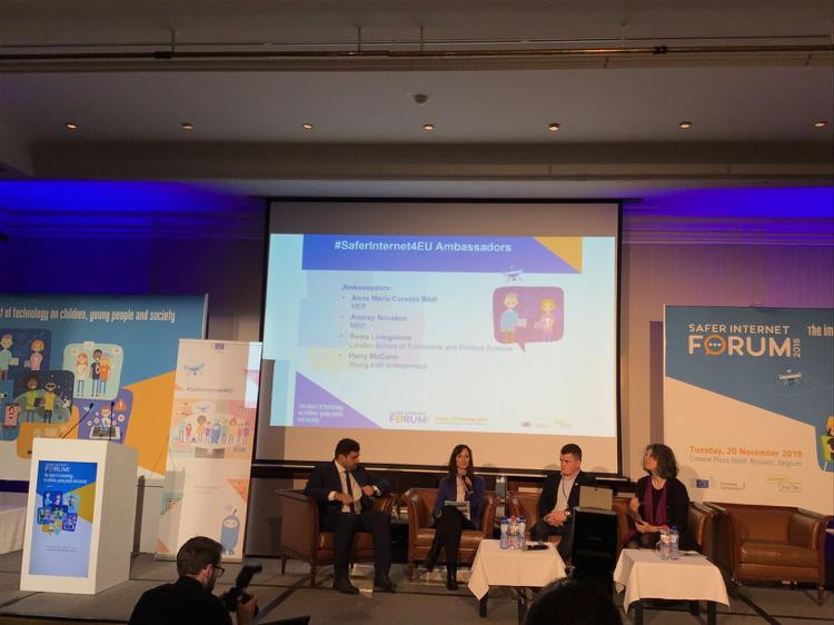 Panel con los embajadores de la campaña SaferInternet4EU